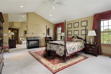 persian rug traditional bedroom  metro