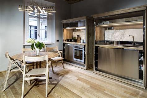 welcoming modern apartment    milan building