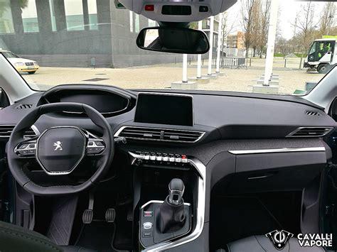 Peugeot 5008 Interni peugeot 5008 interni cavalli vapore