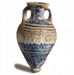 A Phoenician Glass Amphoriskos (#40-593)