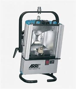 Flood lights for rent : Arri ceramic floodlight for rent at film equipment
