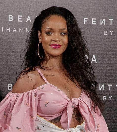 Rihanna Launch Of Fenty Beauty In Madrid 09232017