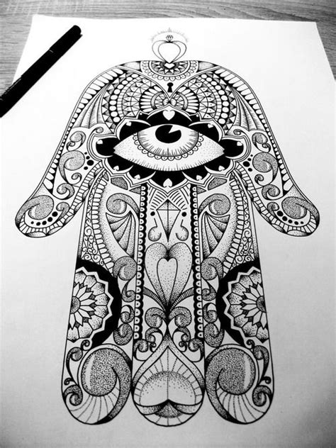 hand of fatima upper back, old school design | Hamsa | Pinterest | Posts, Eyes and Awesome tattoos