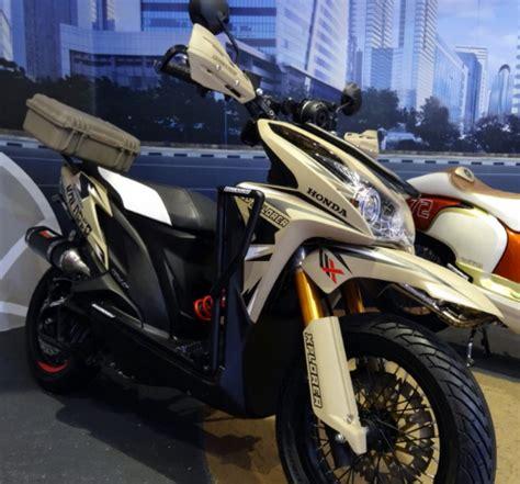 Modification Motor Touring by Koleksi Foto Modifikasi Honda Vario 125 Touring Paling Gagah