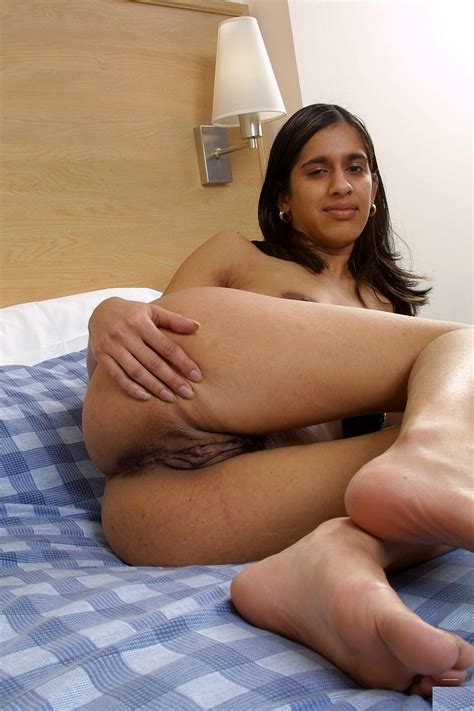 Desi Indian Nude Aunty In Towel