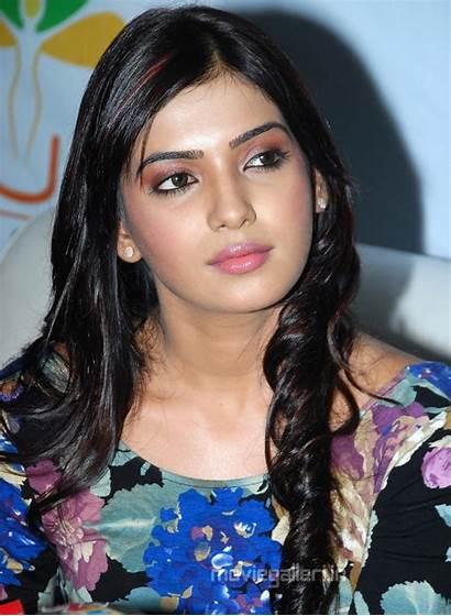Samantha Stills Latest Actress Wallpapers Closeup Telugu