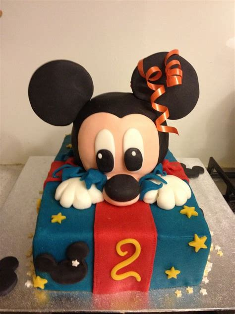 images  gateaux mickey  pinterest mickey