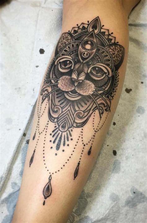 tatouage chat signification emplacement  modeles en