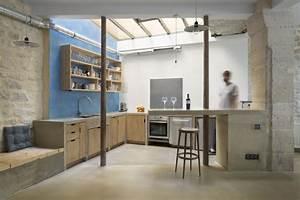 Cuisine En Bois Brut : cuisine de loft en bois brut ~ Teatrodelosmanantiales.com Idées de Décoration