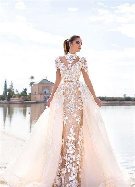 В интернетмагазине Анетти большой выбор недорогих новогодних платьев 4048 и 5058 размеров.