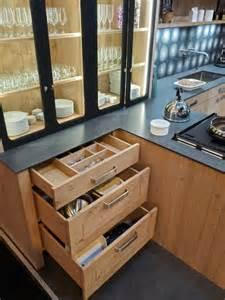 atelier de cuisine bordeaux atelier culinaire cuisine chêne massif clair vaisselier