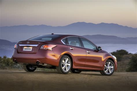 2015 Nissan Altima Picturesphotos Gallery  The Car