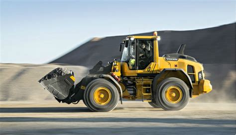 L90H - Wheel Loader - Recycling Product News