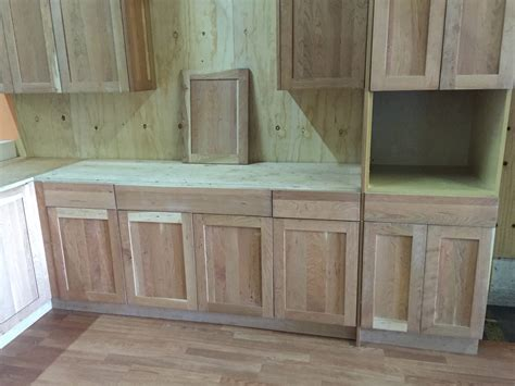 unfinished shaker kitchen cabinets unfinished american cherry shaker kitchen cabinets 6636