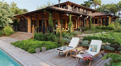 relooking cuisine ancienne déco une maison en bois de rêve à l 39 inspiration coloniale