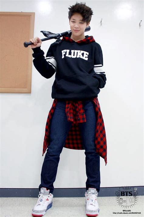 Jimin looks really attractive here (like always) uff0a @kkaebsongbaekk uff0a | u2661 u3008 bts u3009 u2661 | Pinterest ...