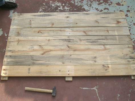 Comment Fabriquer Une Le En Bois by Tuto Fabriquer Une Table Basse En Palettes