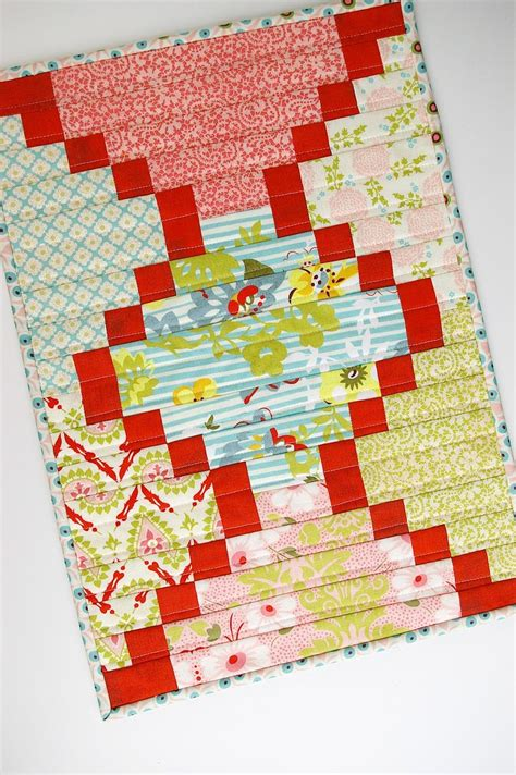 free quilting patterns free bargello quilt patterns favequilts
