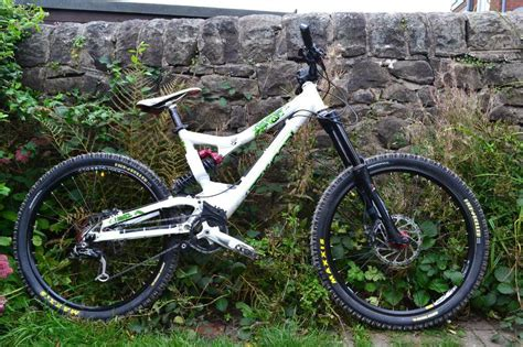 commencal supreme dh frame 2008 commencal supreme dh vip in stoke on trent