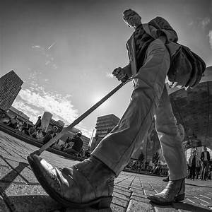 Willem Jonkers - Low angle 8mm photography   포즈 ...