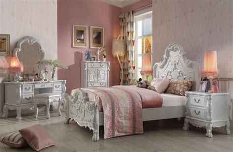 Dresden Teenage Bedroom Set Antique White Finish