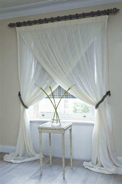 rideaux fenetre chambre le rideau voilage dans 41 photos