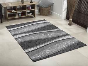 Tapis new york conforama tapis en laine de mouton with for Tapis shaggy avec meubles conforama canapé
