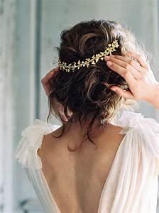 accessoire cheveux mariage 35 modeles de bijoux pour With chambre bébé design avec couronne fleur cheveux mariage