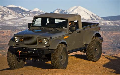 jeep moab truck three tough mopar trucks tackle moab easter jeep safari