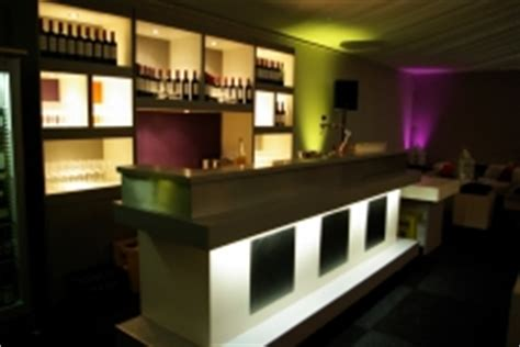 moderne cafe inrichting luxe bars highdisc events