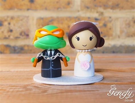cute teenage mutant ninja turtle michelangelo wedding cake