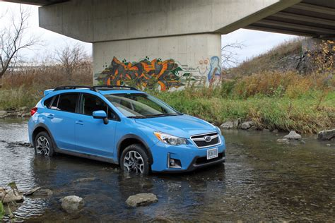 subaru crosstrek 2016 subaru crosstrek review autoguide com news