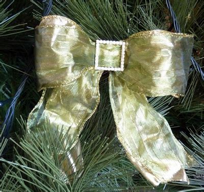 how to make bow for christmas tree stylish settings tree bows