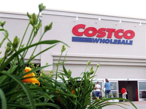 The costco citi credit card has no annual fee, as long as you keep your costco membership active. Costco's credit card nightmare just got even worse