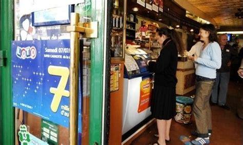 bureau de transfert d argent transférer de l 39 argent à partir d 39 un bureau de tabac c