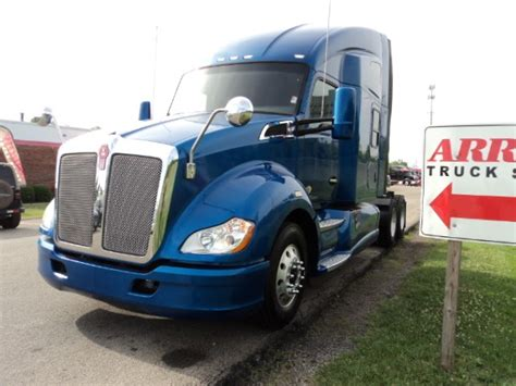 used 2013 kenworth t680 for sale 2013 kenworth t680 for sale 24 used trucks from 36 950