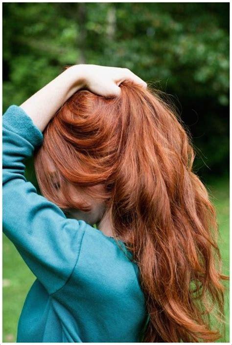 redhead   hear   date natural
