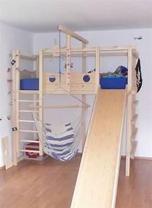 Kinderbett Unter Dachschräge : die besten 17 ideen zu babybett selber bauen auf pinterest ~ Michelbontemps.com Haus und Dekorationen