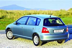 Honda Civic 2002 : honda civic 5 doors 2001 2002 2003 autoevolution ~ Dallasstarsshop.com Idées de Décoration