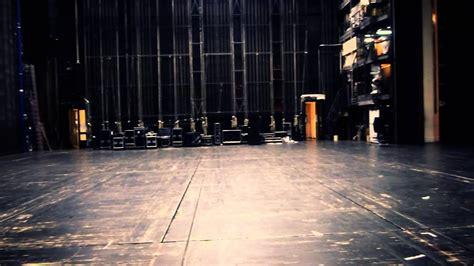 backstage de teatro solo efectos escenario