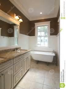 clawfoot tub bathroom design 30 ideas for subway tile beadboard bathroom