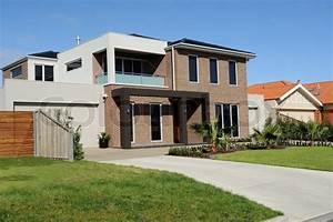 Modern Suburban House | Stock Photo | Colourbox