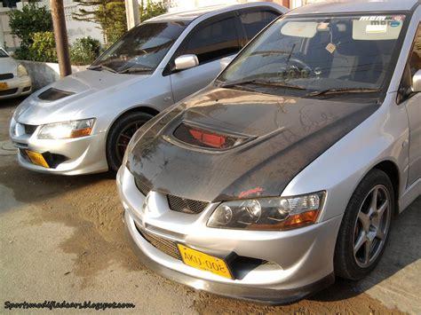Mitsubishi Evos by Mitsubishi Lancer Evos Sport Cars