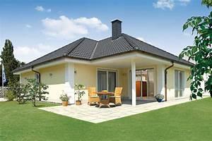 Haus Bungalow Modern : hausfassade modern bungalow haus deko ideen ~ Markanthonyermac.com Haus und Dekorationen