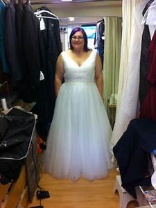 No lace wedding dress for No lace wedding dress