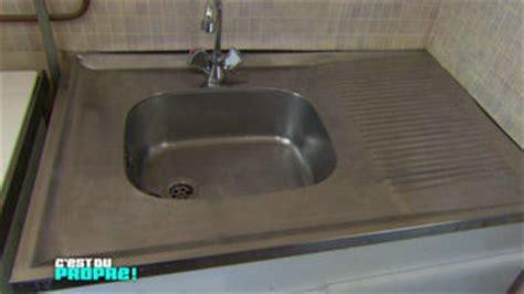 nettoyer inox cuisine nettoyer un évier en inox une astuce de l 39 émission c 39 est