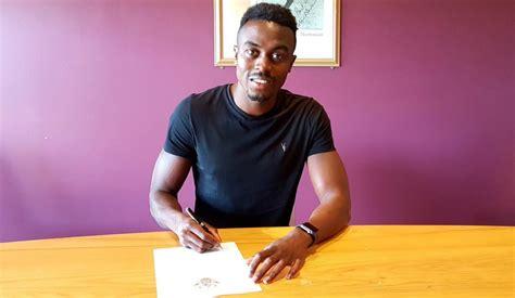 Ghanaian striker Joe Dodoo completes loan move to ...