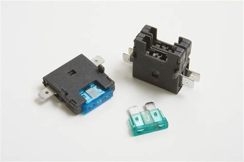 Fuse Blocks For Automotive Blade Fuses