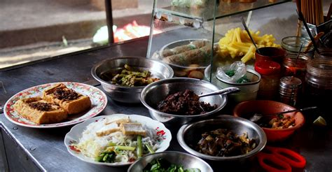 How To Eat Street Food Without Getting Sick  Legal Nomads