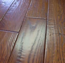 oak prefinished scraped distressed hardwood flooring